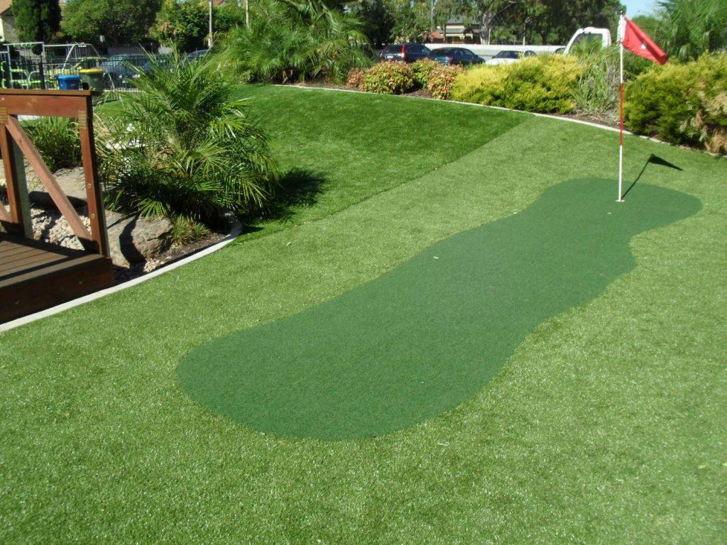Putting Grass